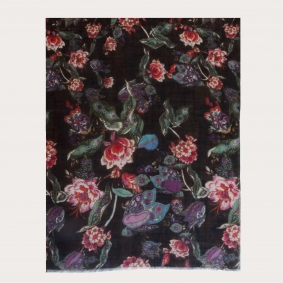 Light woolen scarf, paisley pattern with flowers