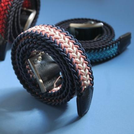 Cintura elastica intrecciata blu e bianca