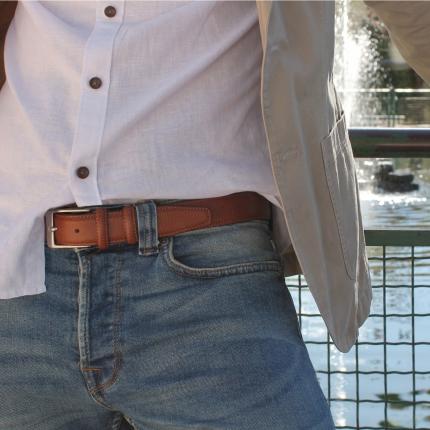 Genuine embossed leather belt, brown